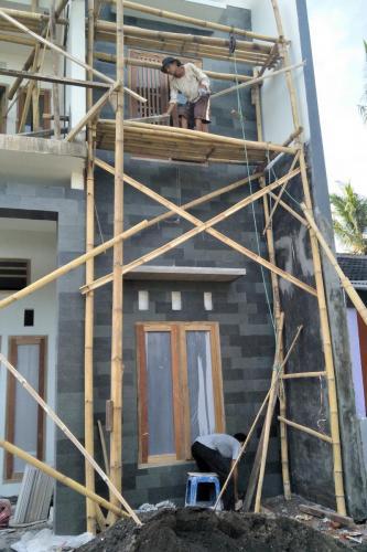 Kontruksi rumah 2 lantai (2)