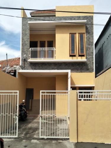 Kontruksi rumah 2 lantai Kaliwaron SBY (1)
